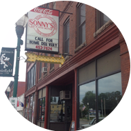 Sonny's Pizza storefront in Maine